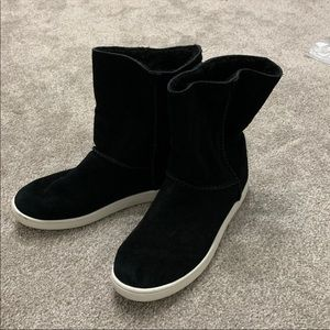 """UGG Woman's Boots Size 10"""" Very Good"""